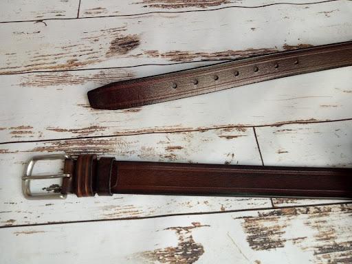 xác định chiều dài thắt lưng trước khi đục lỗ thắt lưng tại nhà